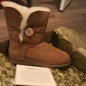 Light brown UGG boots